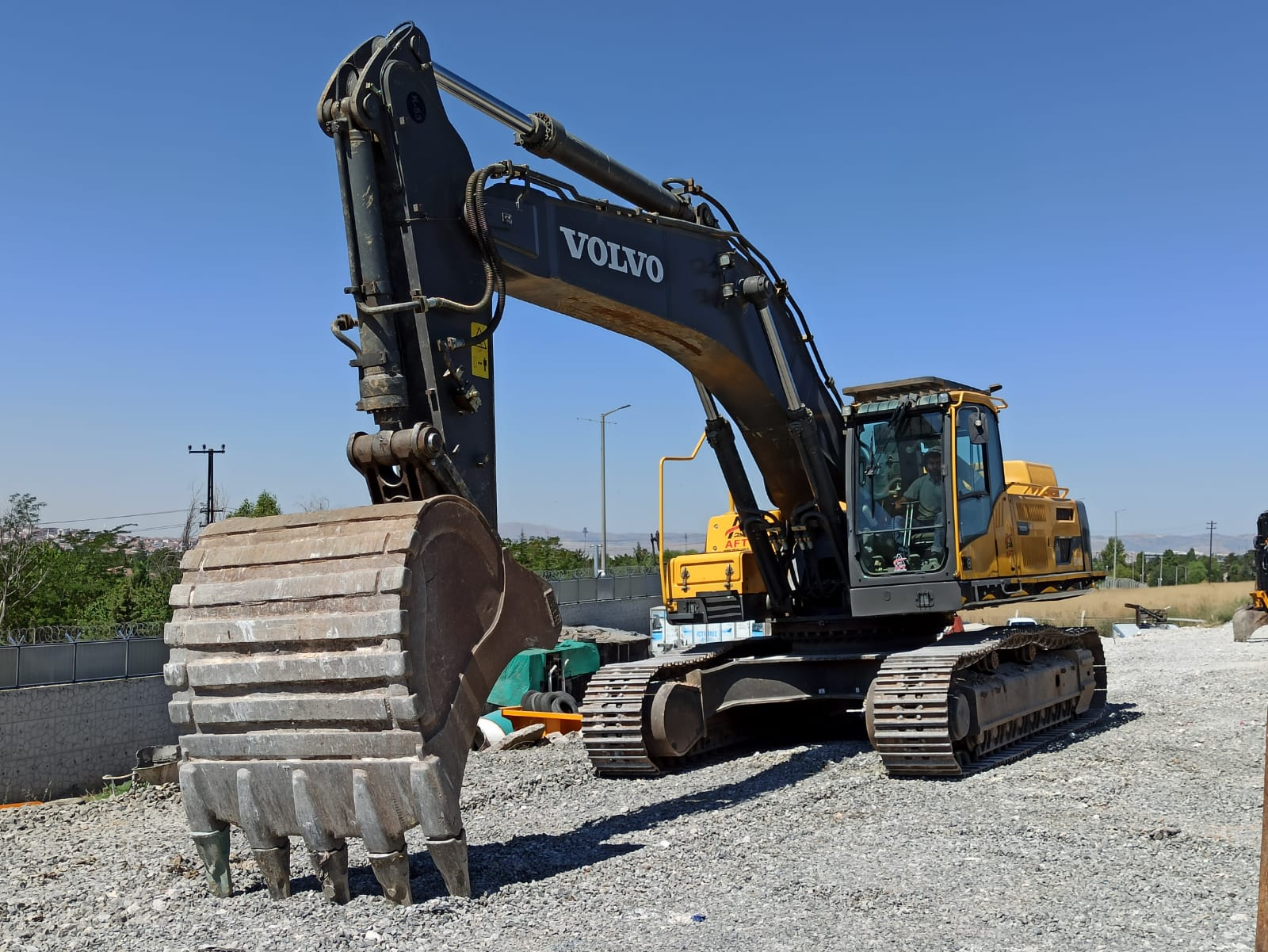 2016 MODEL VOLVO EC 480 DL EXCAVATOR
