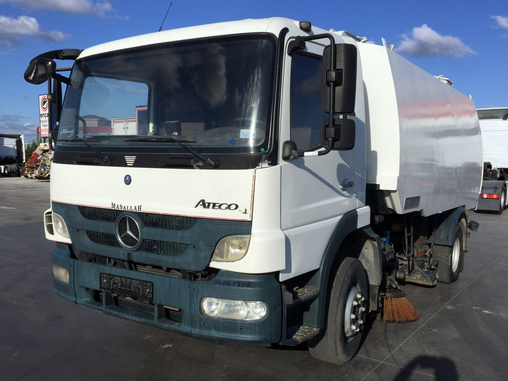 2012 MERCEDES ATEGO 1518 ROAD CLEANING TRUCK