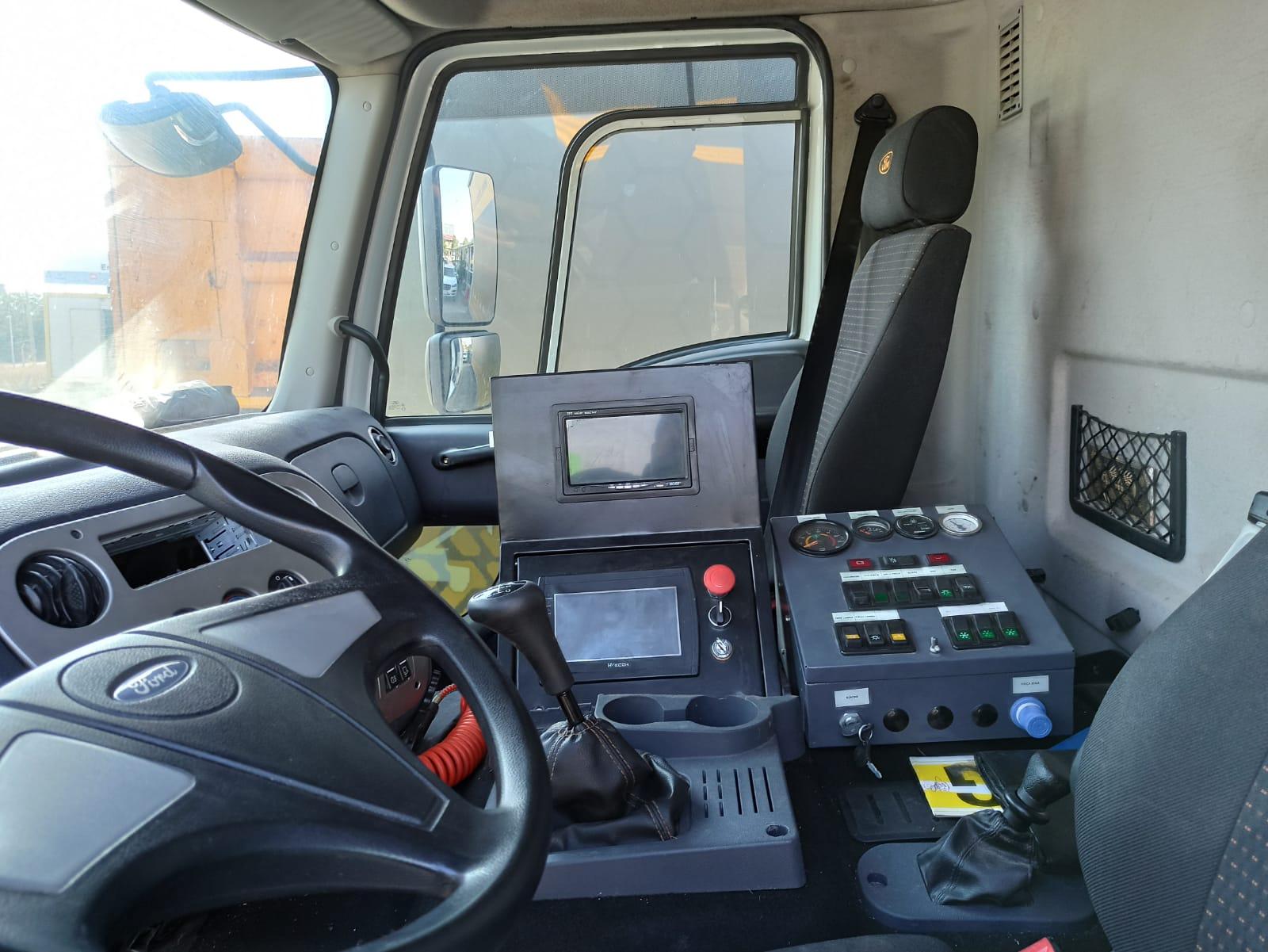 2014 MODEL FORD CARGO 1826 E5 ROAD SWEEPER  - Erçal Trucks