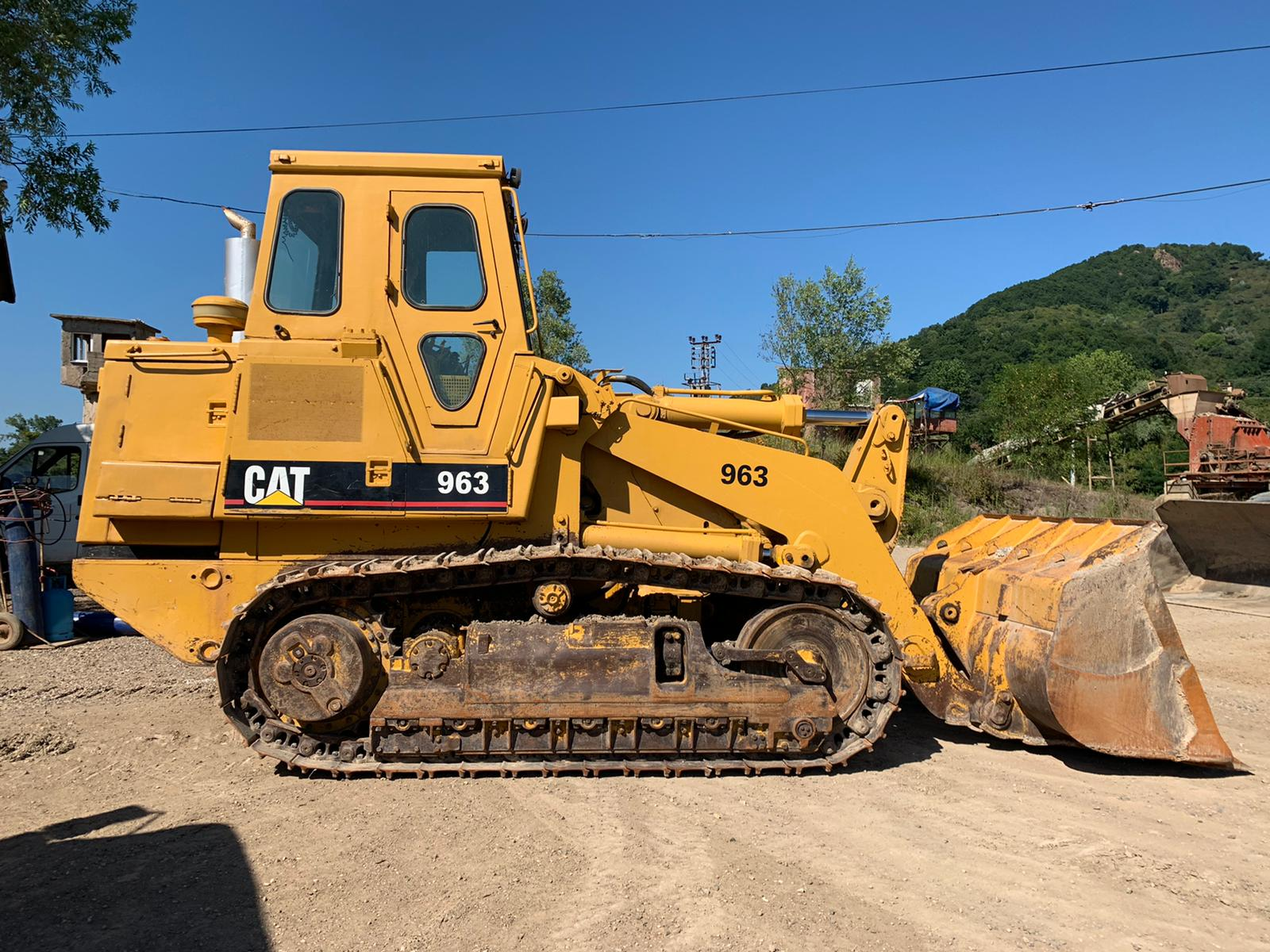 1986 MODEL CATERPILLAR 963 CRAWLER LOADER