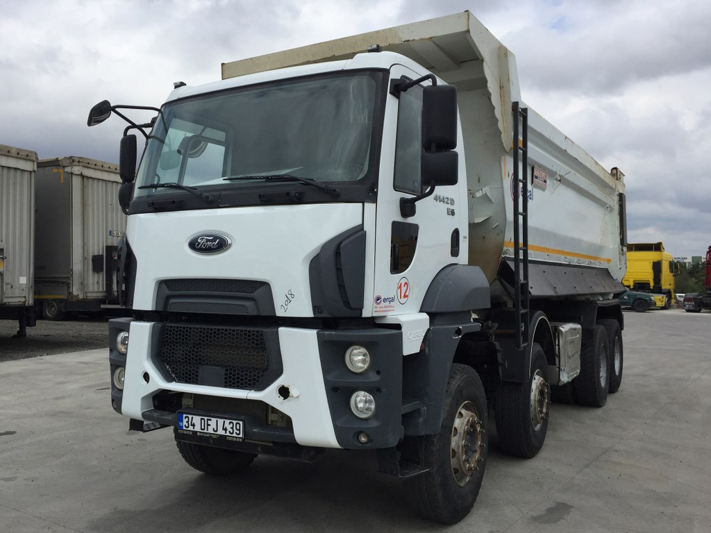 2018 FORD 4142 D  AC 8X4  HARDOX TIPPER 4  UNITS