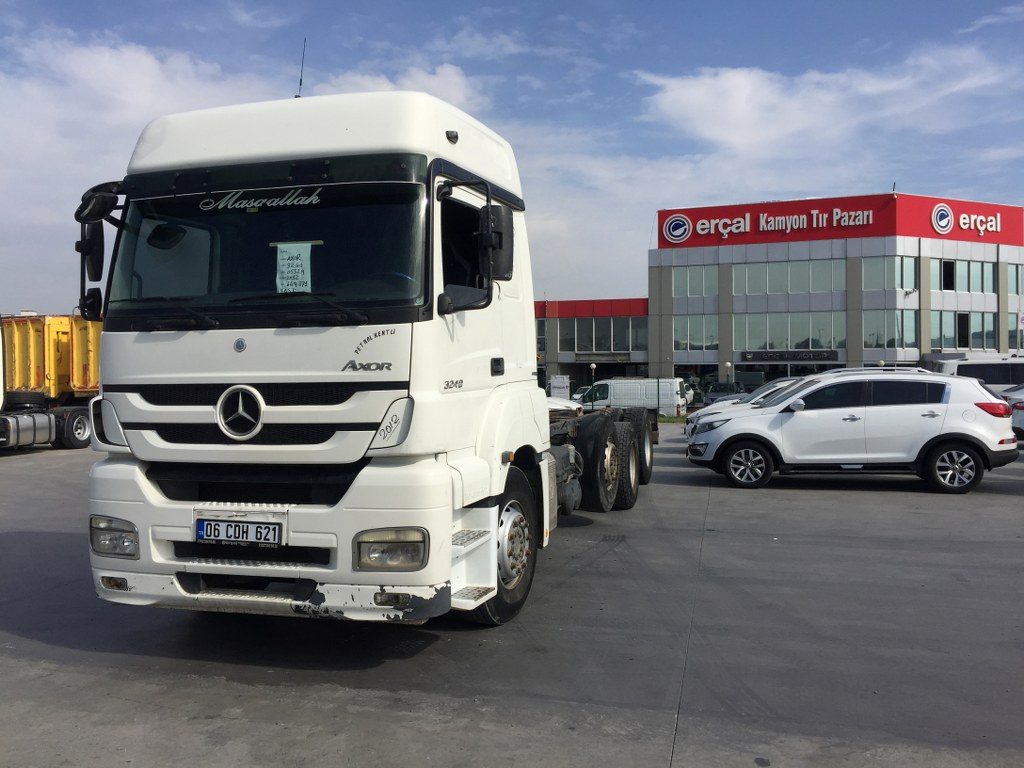 2012 MERCEDES AXOR 3240 CHASSIS