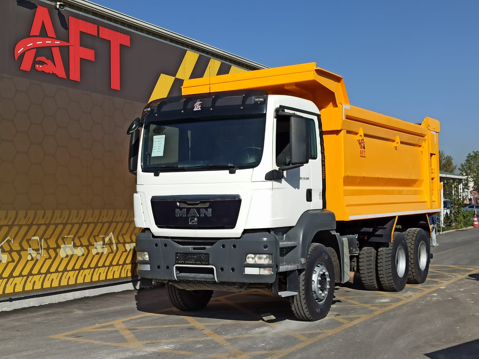 2012 MODEL MAN TGS 33.360 E5 AC 6X4 HARDOX TIPPER