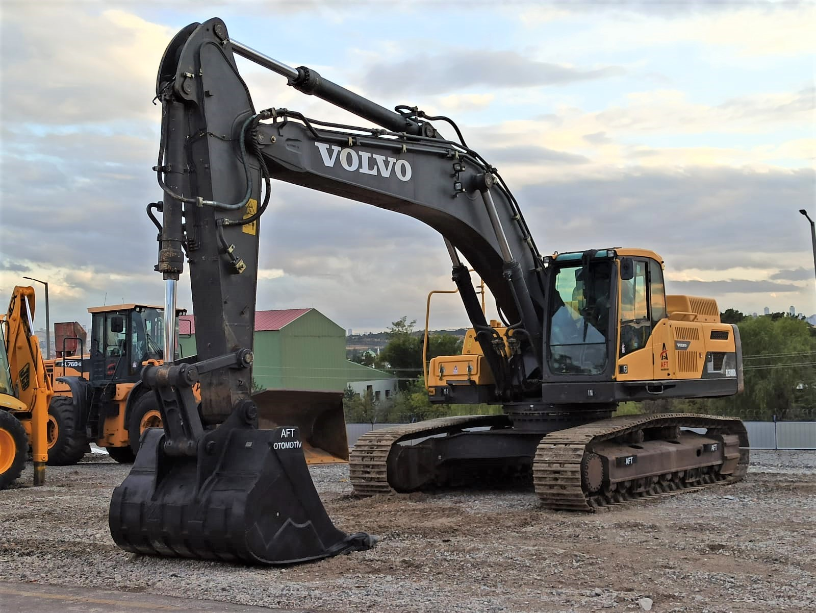 2014 MODEL VOLVO EC380 DL EXCAVATOR