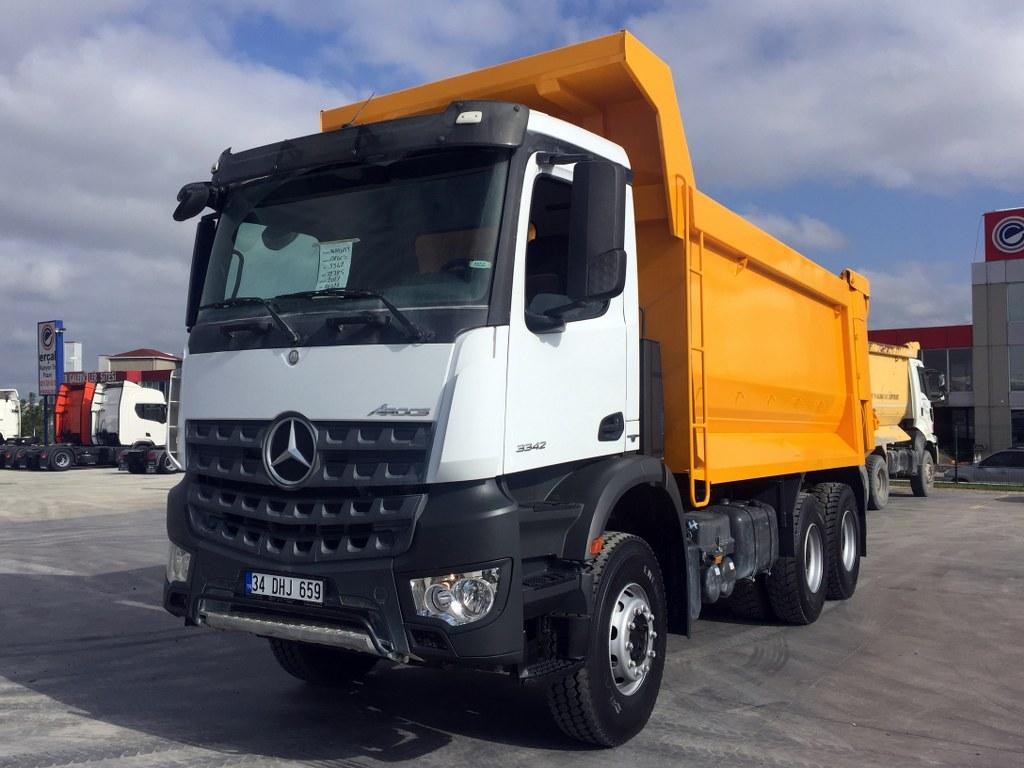 2017 AROCS 3342 MANUEL AC 6X4 EURO6