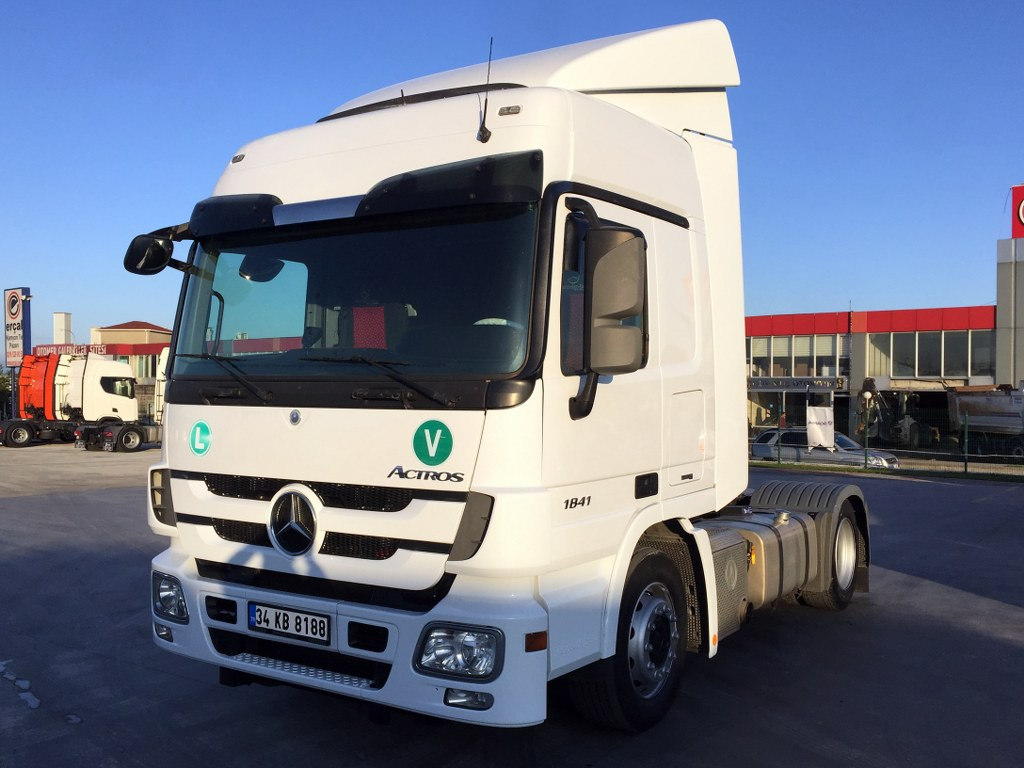 2013 MERCEDES ACTROS 1841 AUTO  AC DOUBLE WAREHOUSE