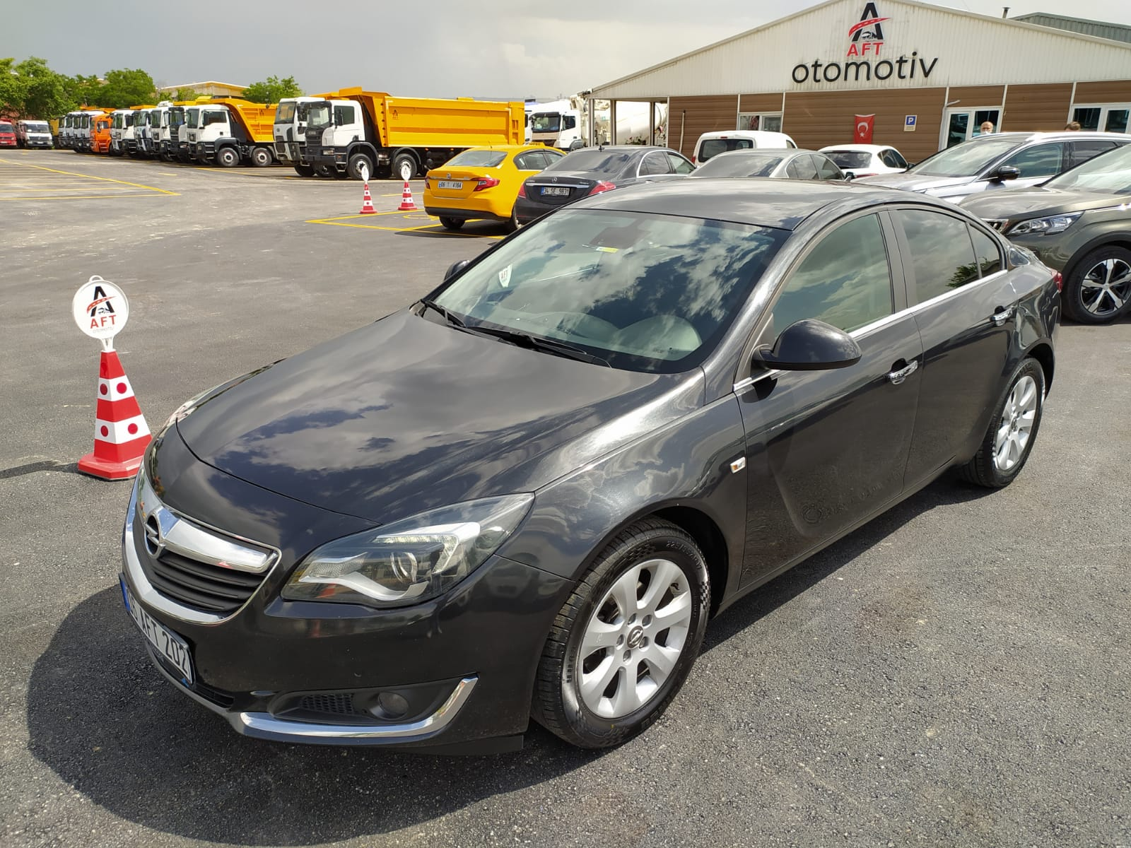 2015 MODEL OPEL INSIGNIA 1.6 CDTİ BUSİNESS OTOMATİK