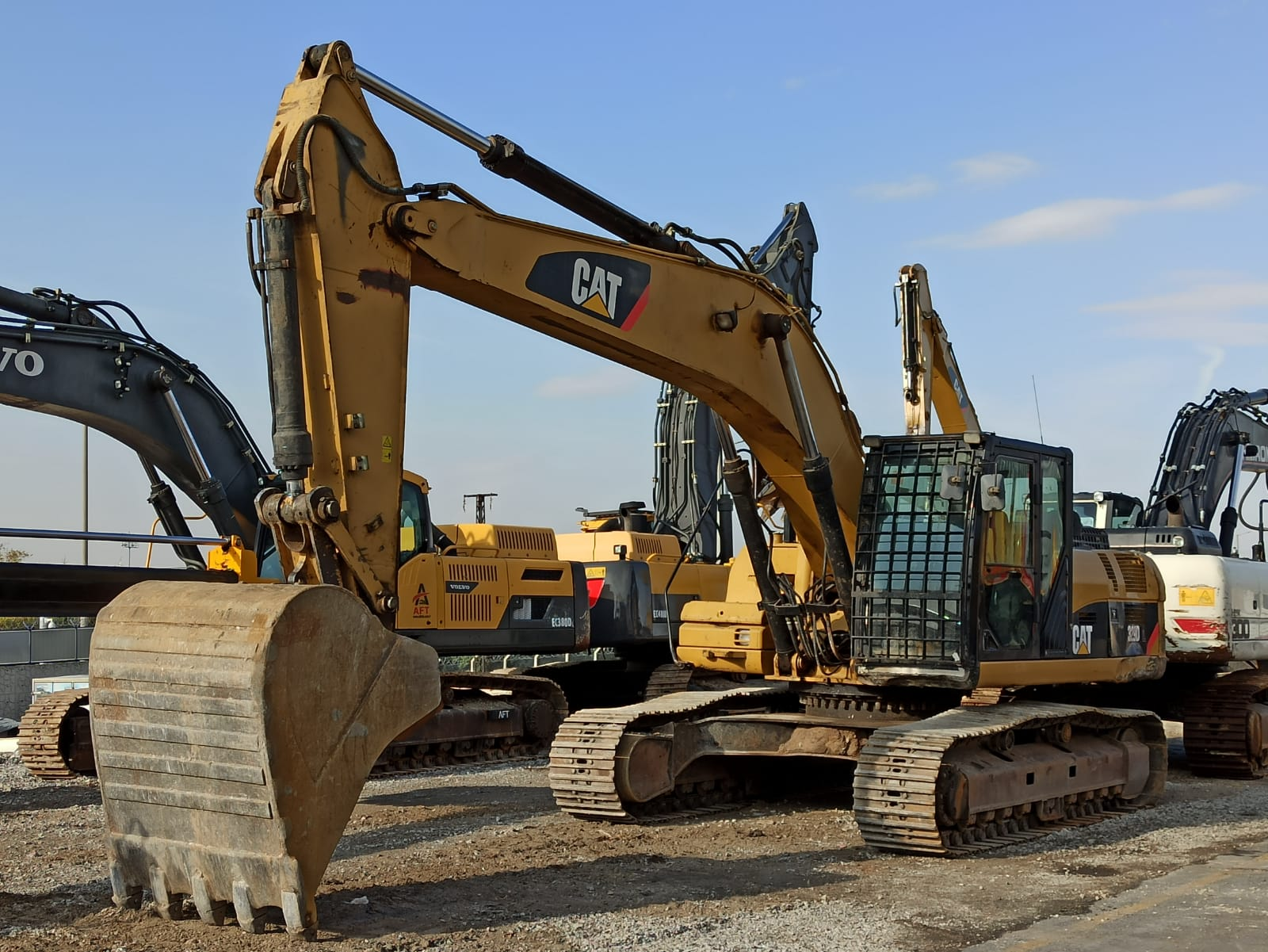 2012 CATERPILLAR 329 DL EXCAVATOR