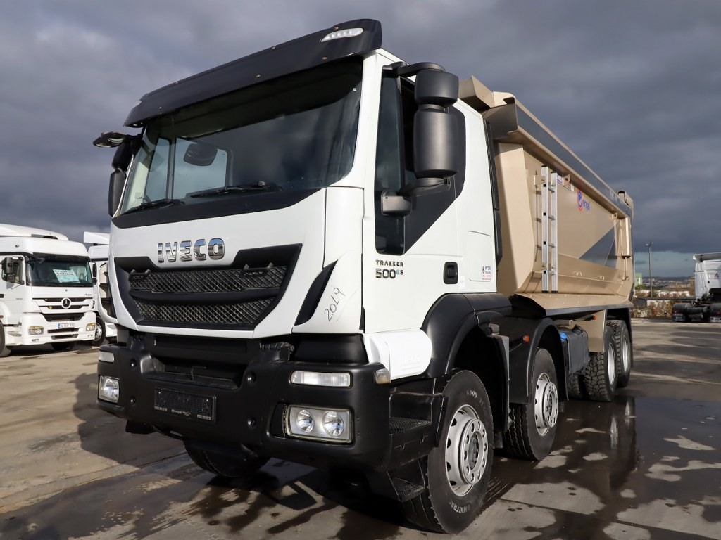 IVECO 2019 TRAKKER 500 /AUTO-AC-8X4- 6X4 BED LARGE CABIN