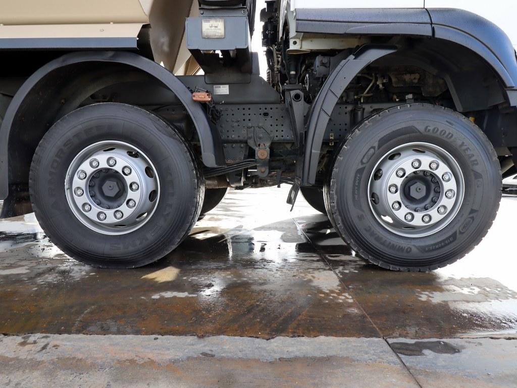 IVECO 2019 TRAKKER 500 /AUTO-AC-8X4- 6X4 BED LARGE CABIN  - Erçal Trucks