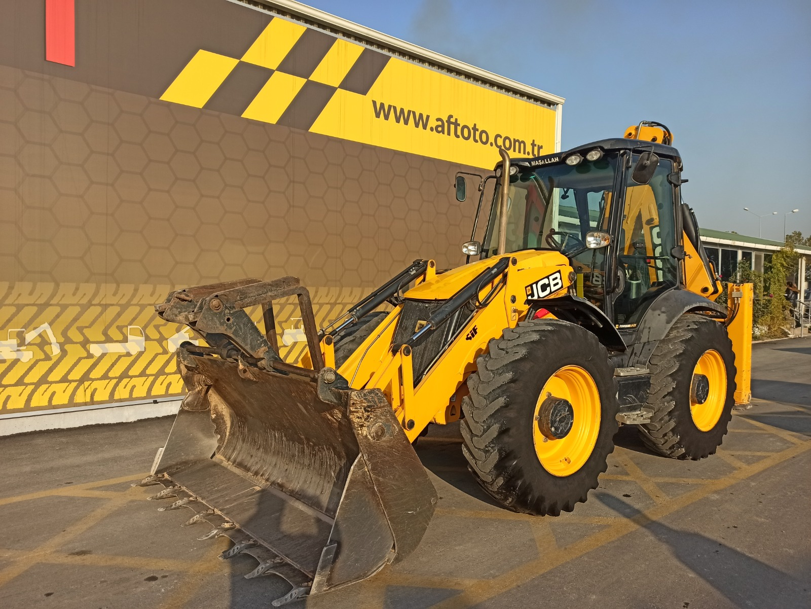 2016 MODEL JCB 4CX EXTENSIBLE BOOM BECKHOE LOADER